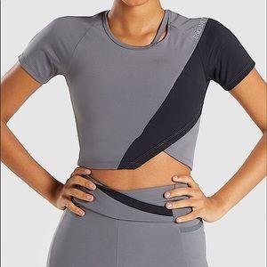 Gymshark NWOT Asymmetrical Crop Top Black/Grey Sml